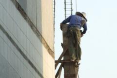 03_Arbeit-an-der-Säule-des-zukünftigen-Stiegenhauses