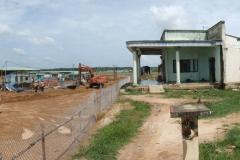 21_Auch-beim Bau-gibt-gibt-es-noch-immer-bewohnte-Bauernhäuser - Kopie-min