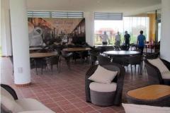 38_Terrassebereich_Blick-zum-Loungebereich